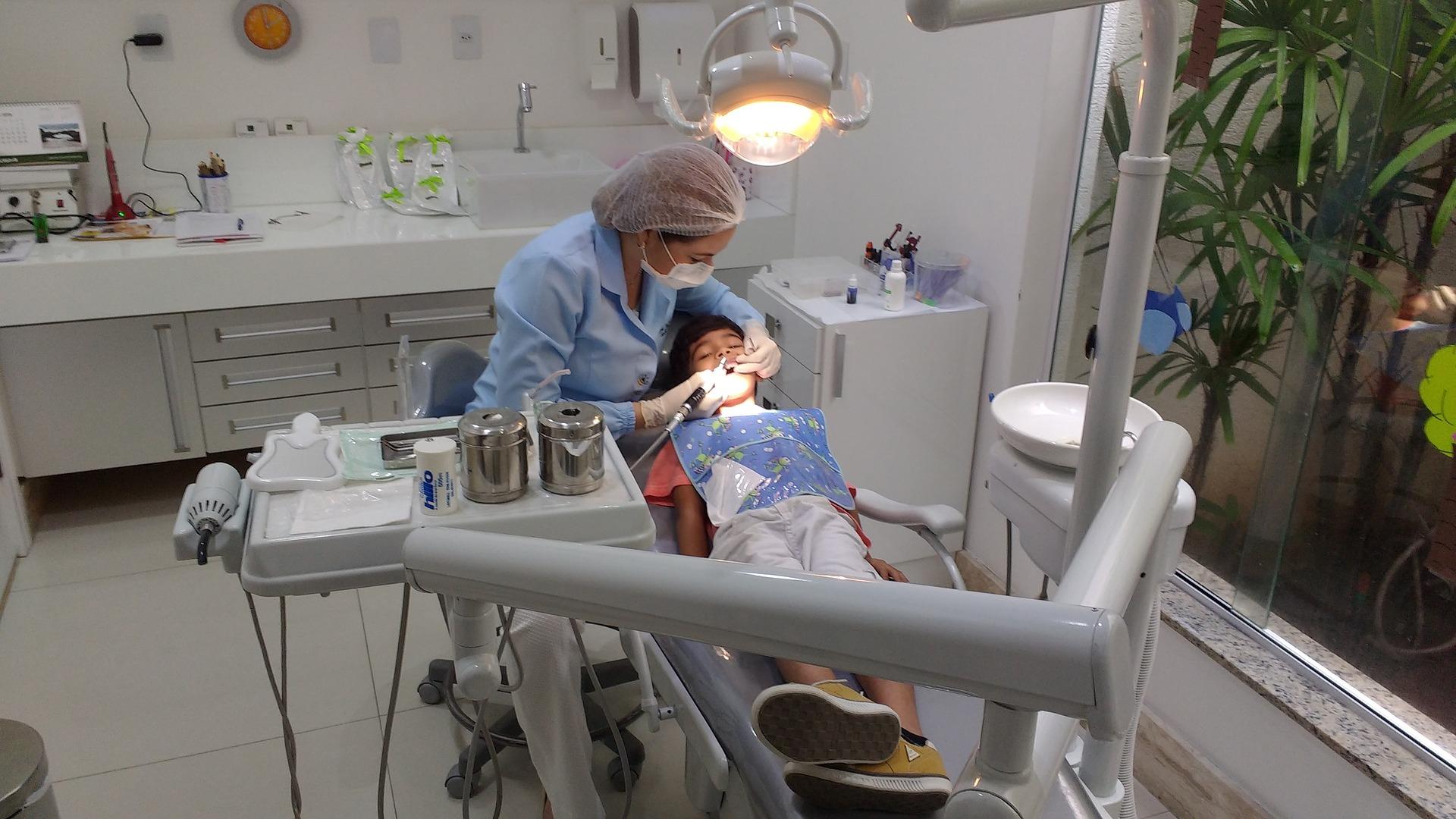 d-ale-stomatologilor-cum-sa-abordezi-corect-pacientii-copii